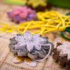 Papierowe kwiaty – metodą quillingu